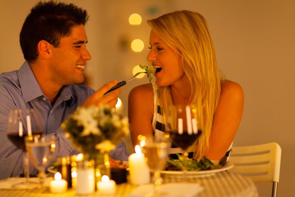Primeiro Jantar: Quem Paga a Conta?